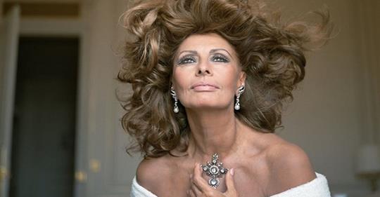 В свои 84 Софи Лорен утрет нос даже молодым старлеткам! Актриса делится секретами красоты.