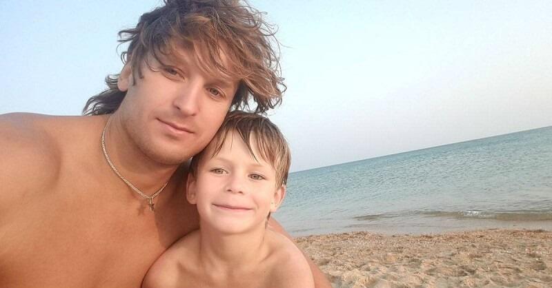 Житель Тагила проплыл два километра от берега, чтобы спасти тонущую семью