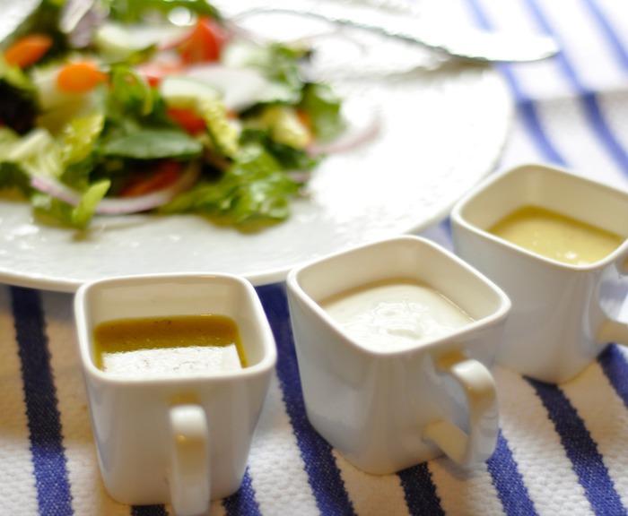 ТОП 5 вкусных соусов к салату