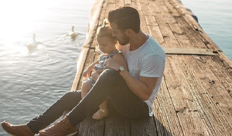 Настоящий отец не тот, кто оплачивает счета, а тот, кто понимает: семья – всегда на первом месте