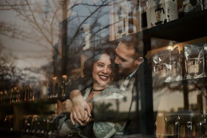 7 признаков, что ваш партнёр безумно влюблён в вас