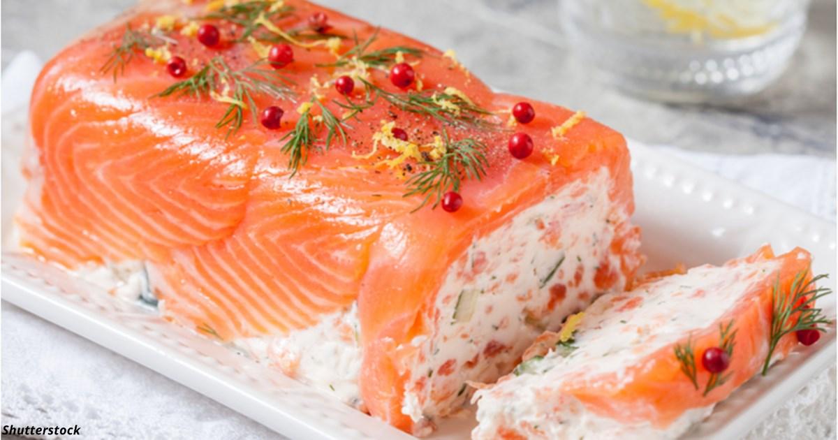 Террин с копчёным лососем и сливочным сыром — лучшее блюдо на Новый год