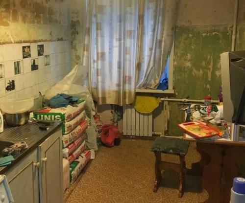 Подарок супруге к 25-летию совместной жизни: ремонт кухни, пока она уезжала.