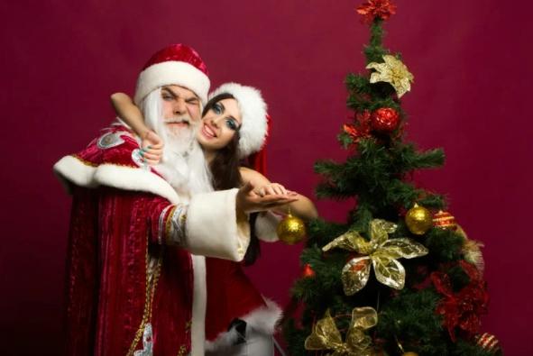 Как я в Новый Год переоделся Дедом Морозом и пришёл домой к соседке, в которую был влюблён