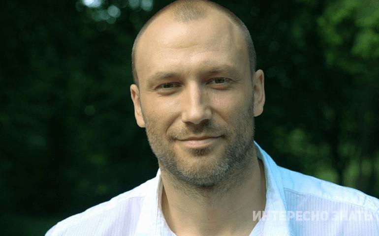 «Оставил жену, сыновей и ушел к молодой»: Кто новая супруга Константина Соловьева