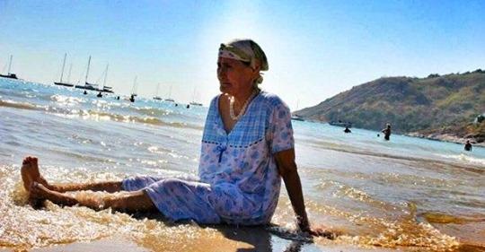 60-летняя женщина захотела пожить для себя, но ее назвали бессовестной