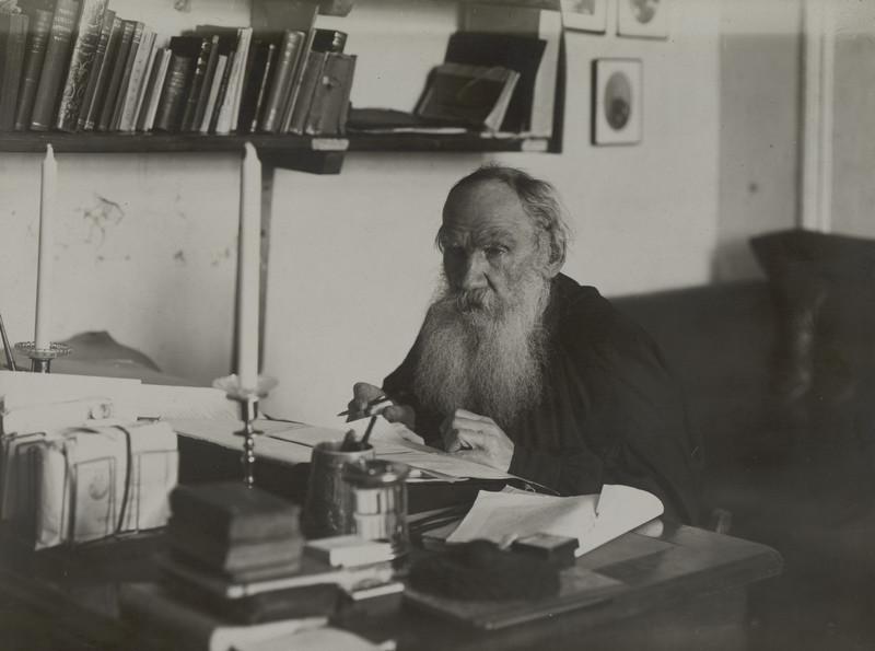 Секреты успеха Льва Толстого: писатель об образовании, науке и смерти