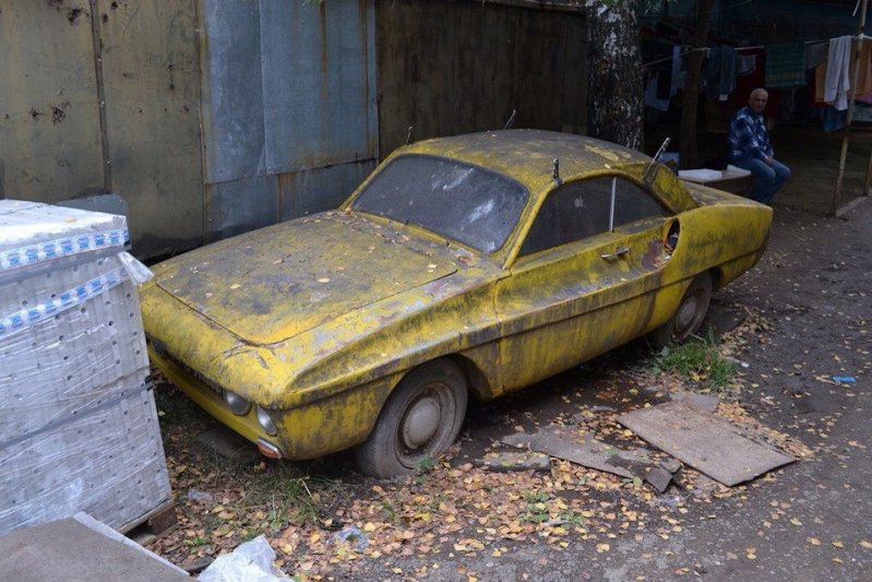 Спорт 900    советское спортивное купе набазе агрегатов ЗАЗ