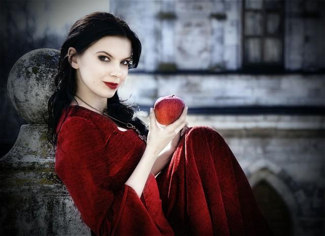 Все женщины — ведьмы! 13 признаков того, что вы обладаете магическими способностями