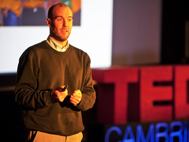 Майкл Нортон: Как купить счастье