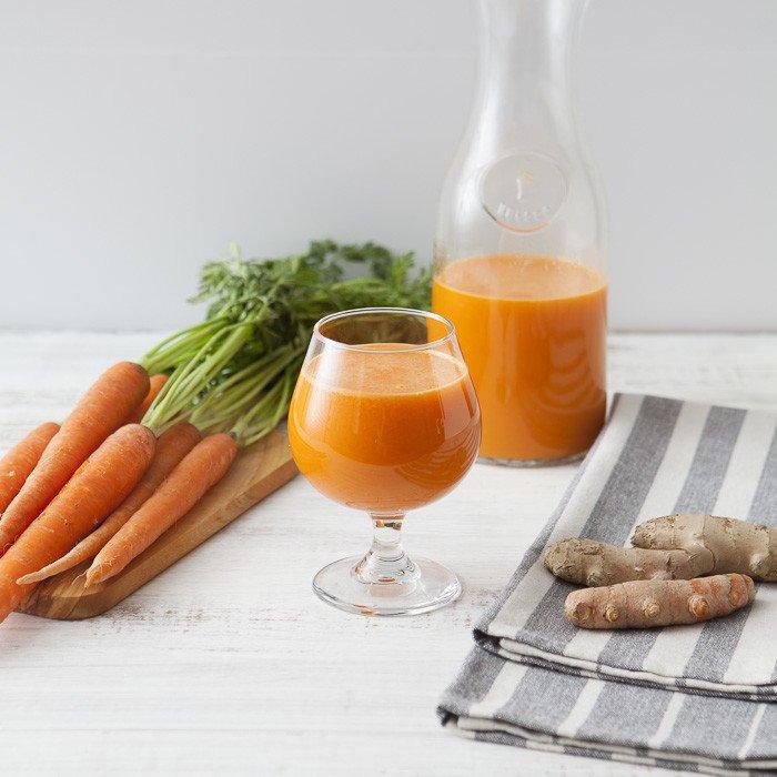 Морковь и куркума: Теплый ароматный напиток с противовоспалительным действием