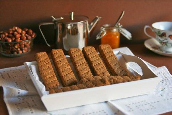 Полезное ореховое печенье: быстрый рецепт